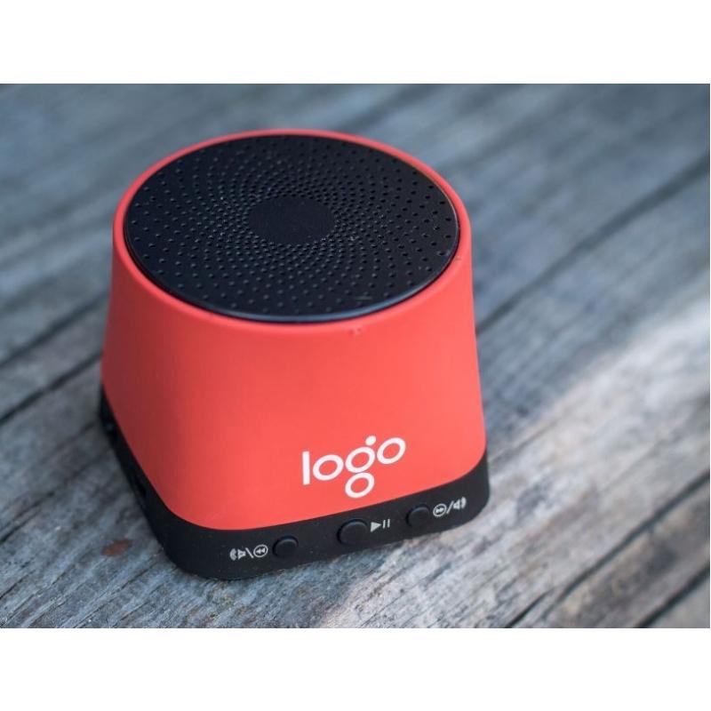 Krachtige speaker met ingebouwde microfoon