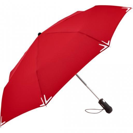 Grote paraplu met een lichtje