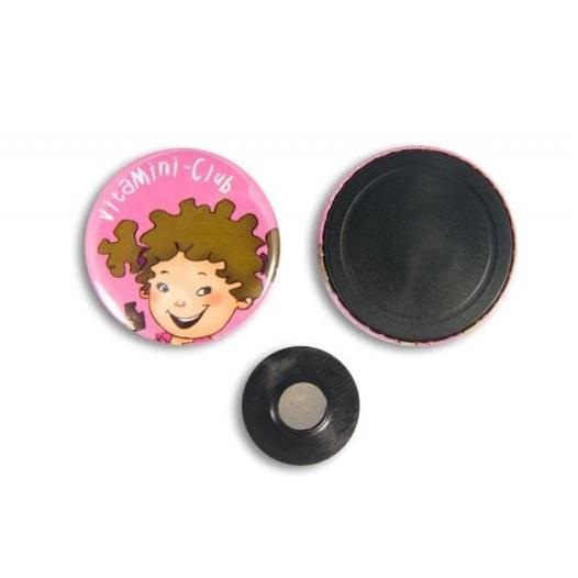 Button met een kledingmagneet