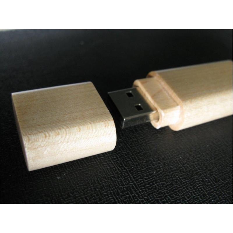 Nieuw model houten USB stick