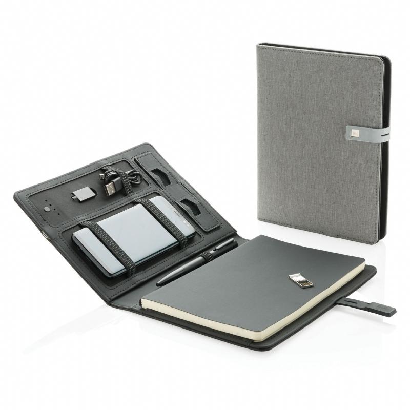 notitieboek, powerbank & geheugenstick in één