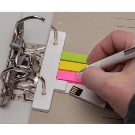 USB voor ringmap met post its