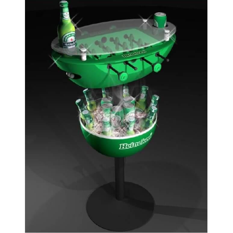 Tafelvoetbal tafel met drankjes koelkast