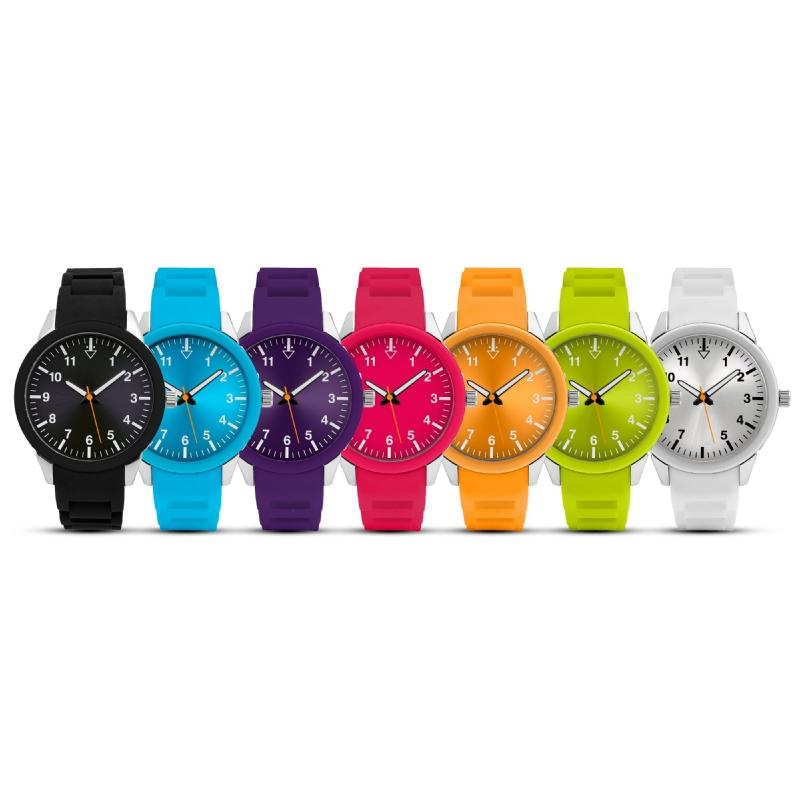 Horloge in eigen Pantone kleur