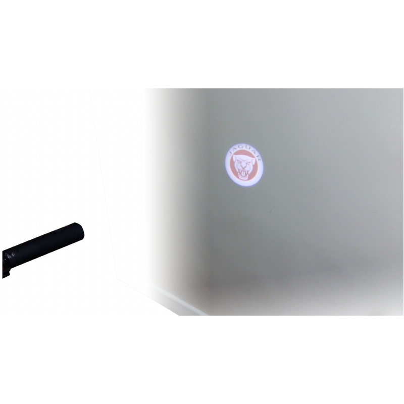 Paraplu dat uw logo in het licht zet