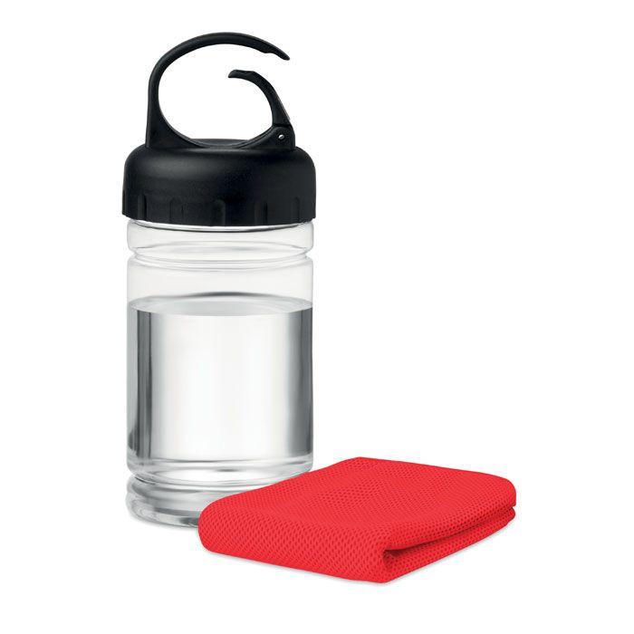 Drinkfles met sporthanddoek.
