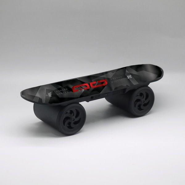 Draadloze speaker skateboard